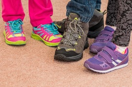 childrens-shoes-hiking.jpg